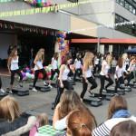 Die Projektgruppe Step-Aerobic entwickelte eine Choreographie zum Auftritt der Bigband-Gruppe