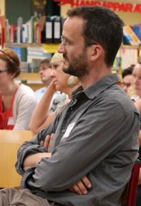 Künstler Sebastian Böhm berichtete von den Erfahrungen, die er bei seiner Arbeit am FSG gesammelt hat.