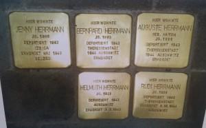 Die Stolpersteine in Pellingen.