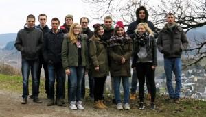Die Schülergruppe der MSS13 mit ihrem Lehrer Herrn Koob.