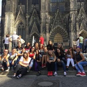 ... sowie nach Köln, wo auch der Dom-Besuch auf dem Ausflugsplan stand.