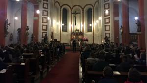 Am letzten Schultag vor Weihnachten gingen die FSGler gemeinsam in die Kirche nach Biewer.