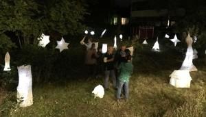 Die Lampions erstrahlten im Schulgarten.