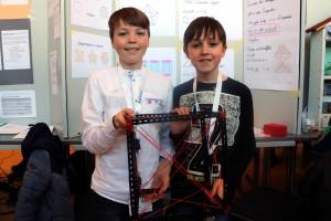 Leonard Petry und Tommy Alles untersuchten Diagonalen im Raum.