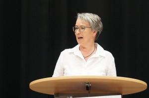 Ursula Biehl hielt als ADD-Vertreterin eine Rede.