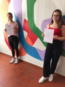 Hannah Schillo und Nicole Schmidt vertraten das FSG beim Bundeswettbewerb Fremdsprachen.