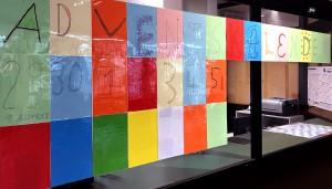 Der Adventskalender hängt im Foyer des FSG.